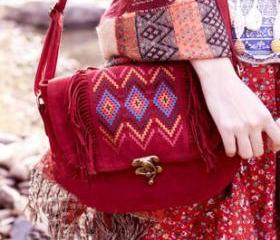 [grlhx120006]Retro Embroidery brass buckle tassel Shoulder Bag