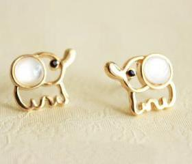 [grd03070]Cute Fashion Elephant Earrings